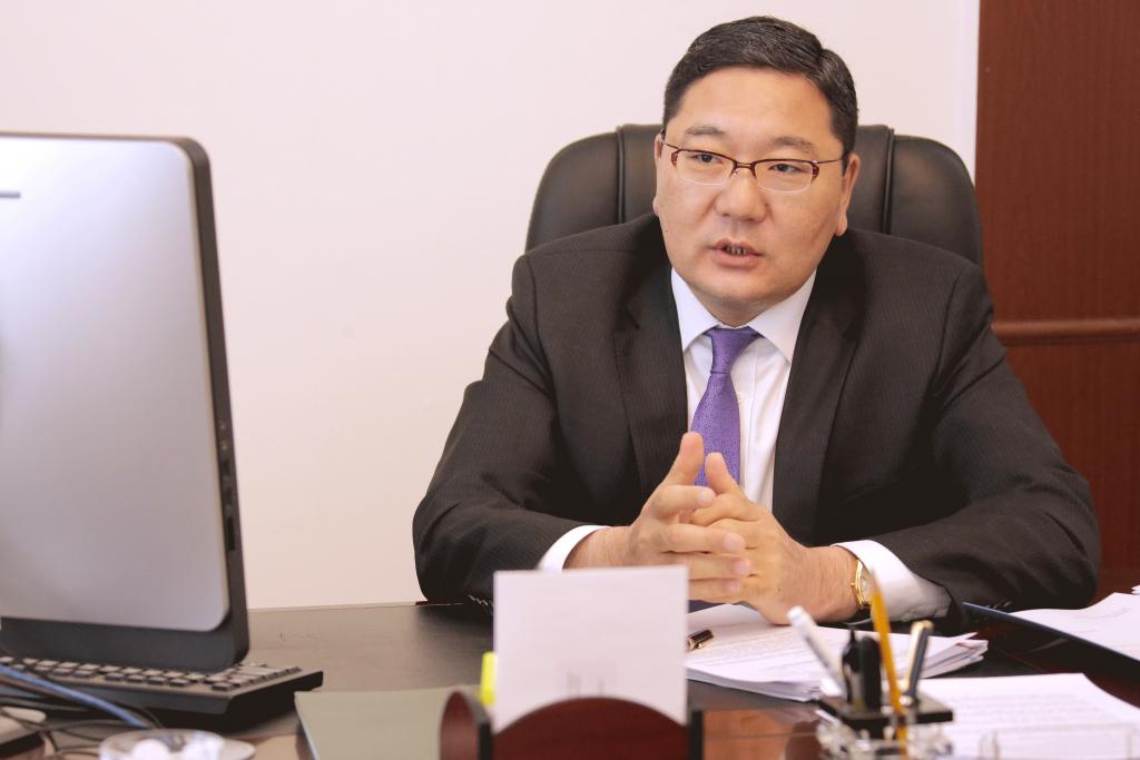 Төрийн нарийн бичгийн дарга Д.Даваасүрэн, БНХАУ-аас Монгол Улсад суугаа хэргийн түр хамаарагч Ян Чиндуныг хүлээн авч уулзав